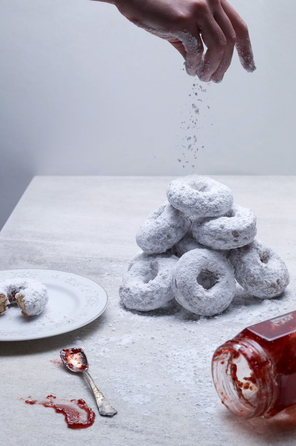 012_powdered_donuts_237