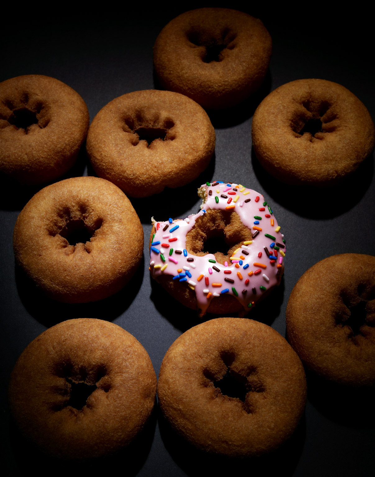 608_donuts_336_42-24299820